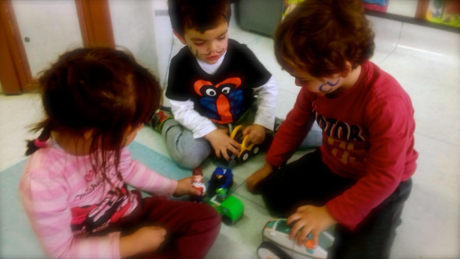 Compartimos Nuestros – Colegio Valdeluz Juguetes KT1J3ulFc